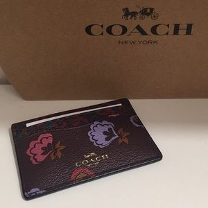 💐Coach Card Case💐‼️Price is Firm‼️